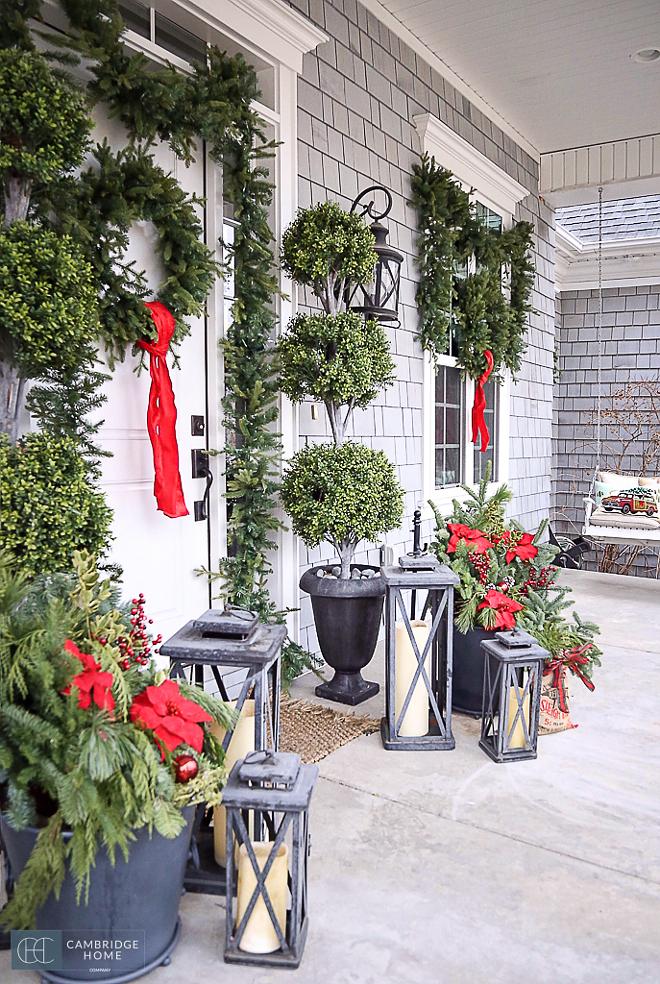 Porch-Christmas-Wreath-Decor