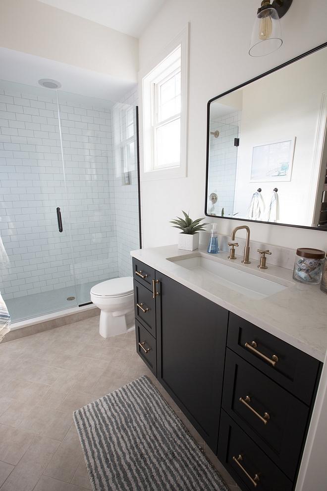 Benjamin Moore Simply White bathroom paint color