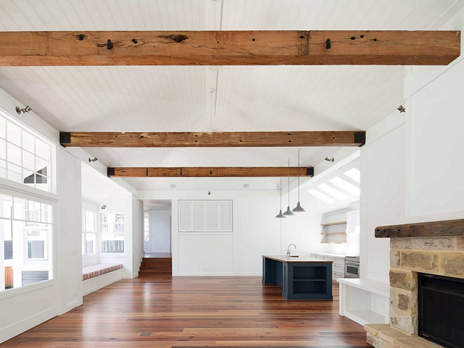 Coastal Farmhouse Home Design Home Bunch Interior Design