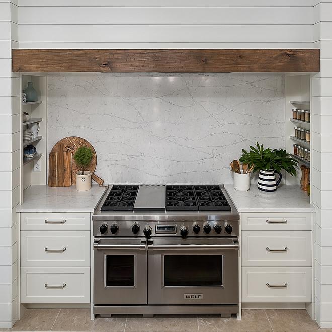 Quartz Slab Backsplash More affordable and more durable than marble quartz makes a great choice for kitchen countertops and slab backsplash #Quartz #Slab #Backsplash