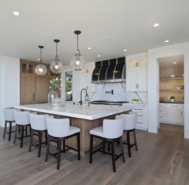Cloud White by Benjamin Moore Kitchen with White Oak clear glass pendants #CloudWhiteBenjaminMoore #Kitchen white