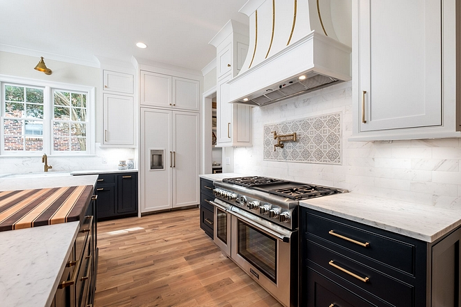 Inset Kitchen Cabinet Cabinets are all custom built inset cabinets Inset cabinets Inset kitchen #insetcabinet #insetkitchencabinet #inset #kitchen #cabinet