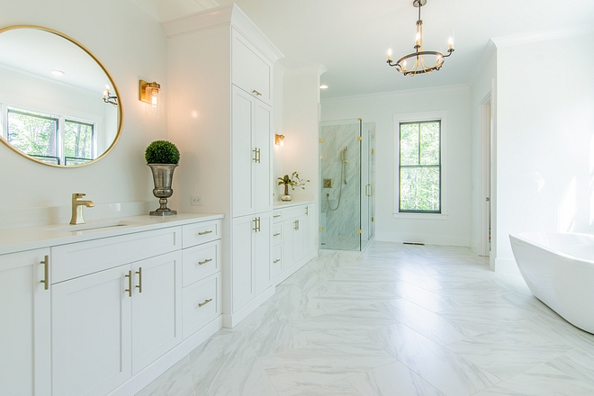Sherwin Williams Extra White Sherwin Williams Extra White Bathroom cabinet Sherwin Williams Extra White Sherwin Williams Extra White #bathroom #cabinet #SherwinWilliamsExtraWhite