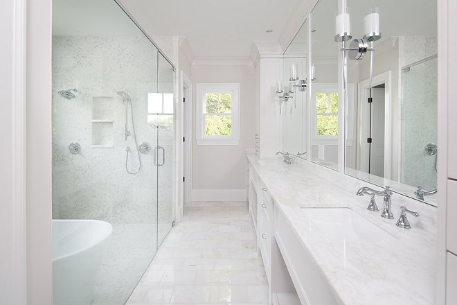 Sherwin Williams Eider White Neutral Bathroom Paint Color Sherwin Williams Eider White Bathroom Paint Color Sherwin Williams Eider White #BathroomPaintColor #SherwinWilliamsEiderWhite