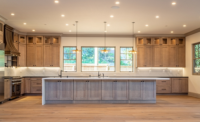 Maple Wood Kitchen Cabinet Other options if you are tired of white kitchen Non-white kitchen ideas Kitchen Maple Cabinet #nonwhitekitchens #MapleCabinet #Maplekitchen