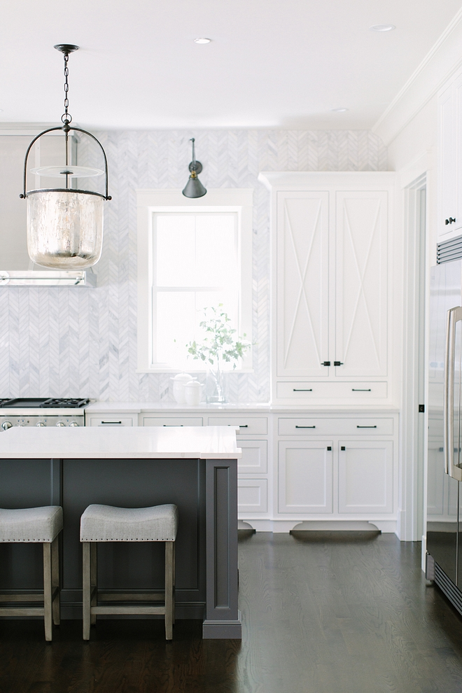 Kitchen Inset Cabinet White inset custom designed and crafted cabinetry painted in Simple White by Benjamin Moore #kitcheninsetcabinet #insetcabinet #kitchencabinet #SimpleWhitebyBenjaminMoore