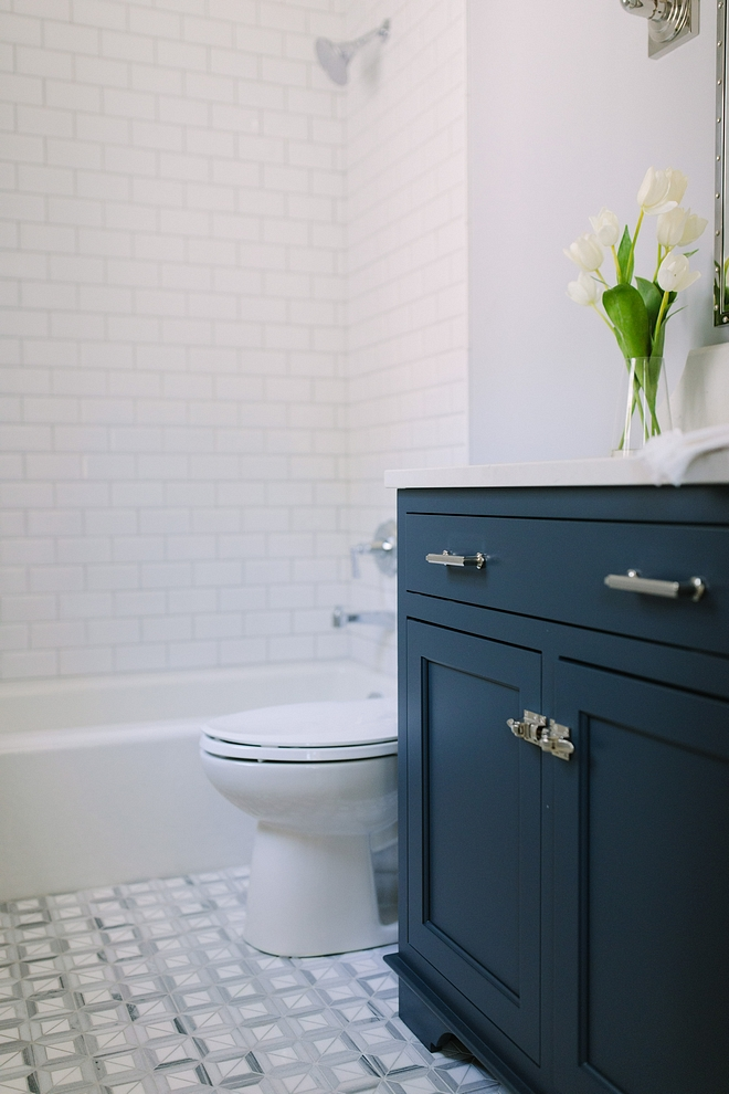 Newburyport Blue HC-155 by Benjamin Moore Navy blue inset custom designed and crafted cabinet painted Newburyport Blue by Benjamin Moore #BenjaminMoore #NewburyportBlueHC155BenjaminMoore #navybluecabinet