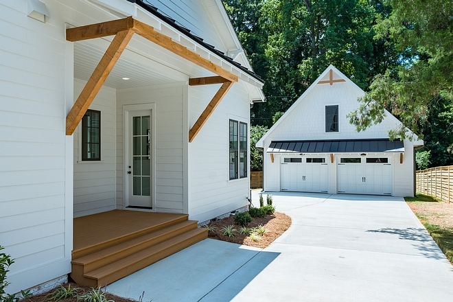 Side Entry Side entry porchwith cedar brackets Side Entry Side entry porch #SideEntry #Sideentryporch