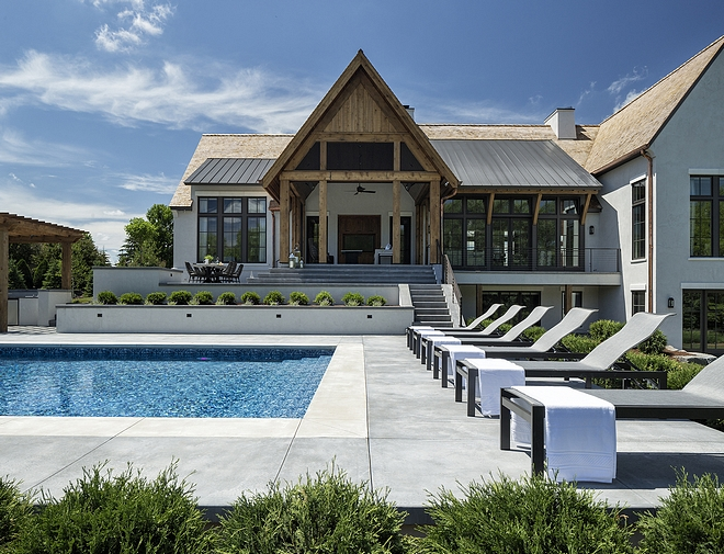 Modern Belgian Farmhouse Backyard
