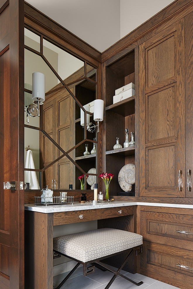 I absolutely love the stain color on this Oak cabinetry. It works beautifully with the white marble