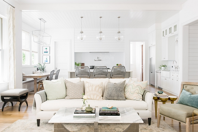 White Interiors Paint Color White Interiors Paint Color See white paint color on Home Bunch White Interiors Paint Color #WhiteInteriors #PaintColor #WhiteInteriorspaintcolor