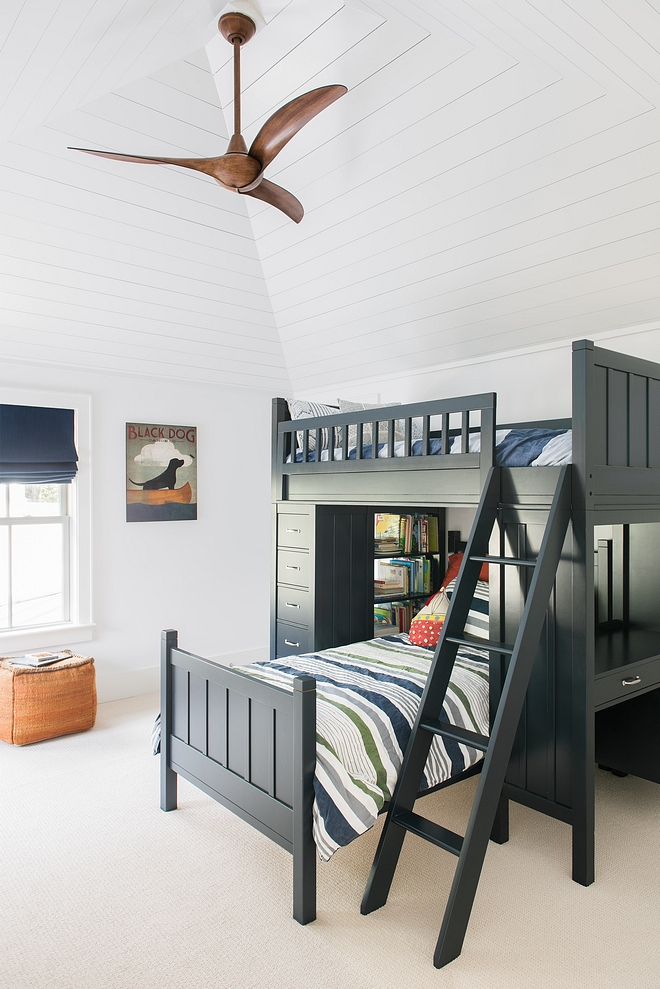 High vaulted ceiling with shiplap truly brings this bedroom to the next level - quite literally High vaulted ceiling with shiplap #Highvaultedceiling #shiplap