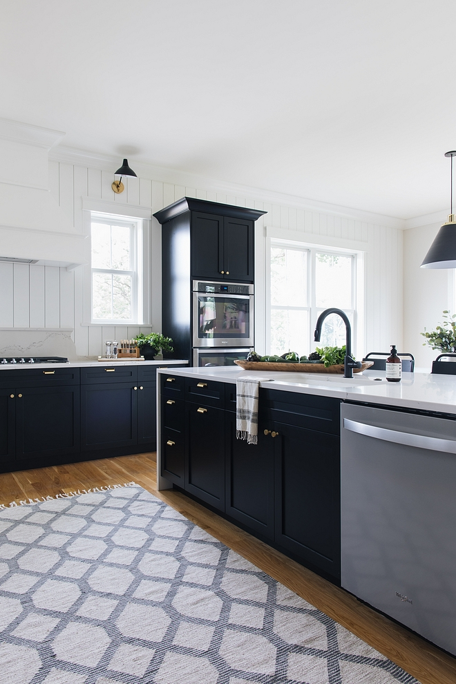 Black Shaker Kitchen Cabinet Paint Color Benjamin Moore 2132-10 Black Black Shaker Kitchen Cabinet Paint Color Benjamin Moore 2132-10 Black Paint Color #BlackShakerKitchenCabinet #BlackShakerCabinet #PaintColor #BenjaminMoore213210Black