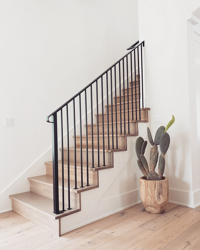 Iron Staircase railing Iron spindles White Oak staircase with Iron Staircase railing Iron spindles #Ironrailing #Staircase #railing #Ironspindles