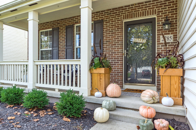 Fall Porch Pumpkins Fall Porch Pumpkin ideas Fall Porch Pumpkins Fall Porch Pumpkins #FallPorch #Pumpkins