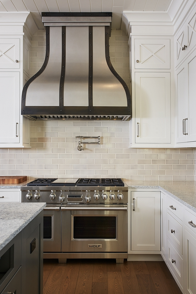 Swiss Coffee by Benjamin Moore kitchen with greige subway tile backsplash and white granite countertop, Everest - which is a white and grey stone #SwissCoffeebyBenjaminMoore #kitchen #greigesubwaytile #backsplash #whitegranite #countertop #Everestgranite
