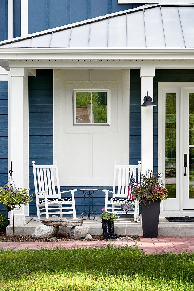 Blue siding paint color Sherwin Williams Rainstorm Sherwin Williams Rainstorm Blue siding Sherwin Williams Rainstorm Sherwin Williams Rainstorm #SherwinWilliamsRainstorm #bluesiding #sidingpaintcolor #siding #paintcolor
