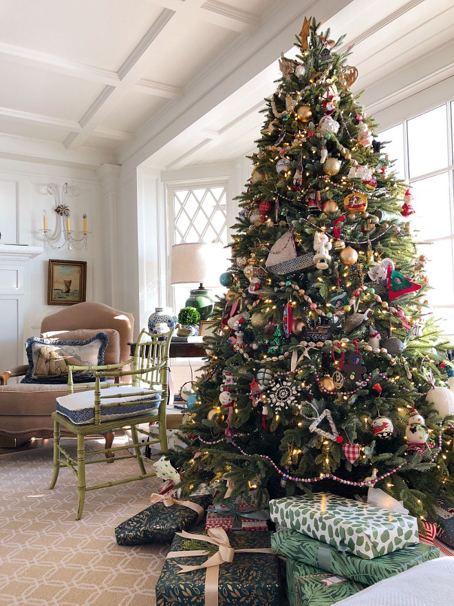 Christmas Tree with Felt Ornaments Christmas Tree #ChristmasTree #feltornaments