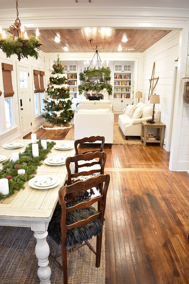 Rustic Christmas Decorating Ideas Rustic Christmas Decor Farmhouse Rustic Christmas Decor #RusticChristmasDecoratingIdeas #RusticChristmasDecor #FarmhouseRusticChristmas #ChristmasDecor #RusticChristmas