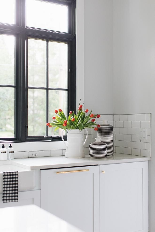 Carrara Grigio Kitchen countertop is Carrara Grigio White and grey vain marble Carrara Grigio marble #CarraraGrigio #CarraraGrigio marble