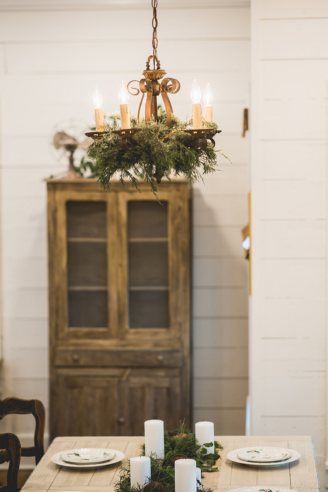 Christmas Chandelier Decor How to decorate a chandelier for Christmas Christmas Chandelier Decor Ideas Christmas Chandelier Decor #ChristmasChandelierDecor