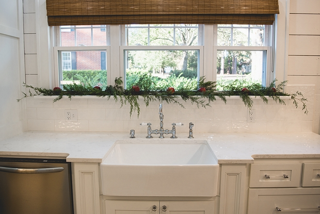 Natural Christmas decor ideas for kitchens