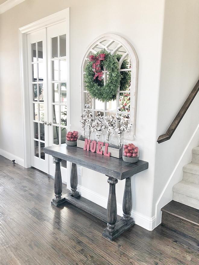 Christmas Console Table Decor Christmas Console Table Decor Wreath over mirror Christmas Console Table Decor Christmas Console Table Decor #ChristmasConsoleTable #ChristmasConsoleTableDecor