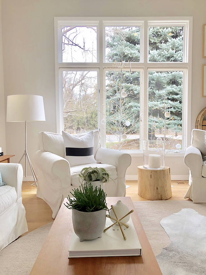 Balboa Mist OC-27 Benjamin Moore Soothing neutral paint color perfect to sell homes Balboa Mist OC-27 Benjamin Moore Balboa Mist OC-27 Benjamin Moore #BalboaMistOC27BenjaminMoore #homesellingpaintcolors