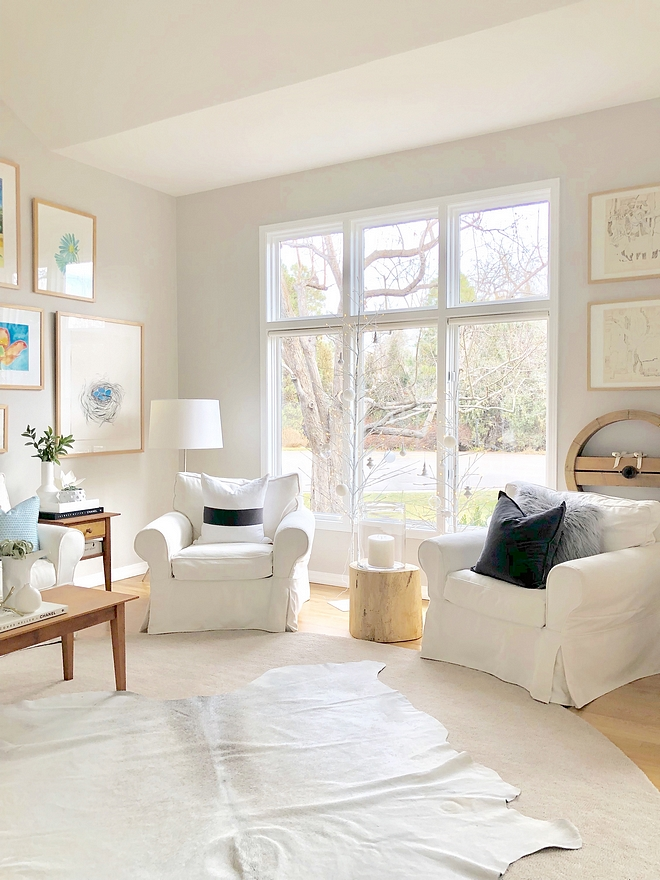 Best Paint Colors to Sell Homes Balboa Mist OC-27 Benjamin Moore Helps to sell any type of home because it works with any type of flooring and gives an updated feel to an older home Balboa Mist OC-27 Benjamin Moore Balboa Mist OC-27 Benjamin Moore #BalboaMist #OC27 #BenjaminMoore #BestPaintColorstoSellHomes