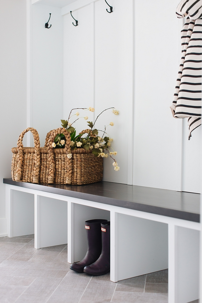 Sherwin Williams Extra White SW7006 Paint color is Sherwin Williams Extra White SW7006 Sherwin Williams Extra White SW7006 #SherwinWilliamsExtraWhite #SW7006 #SherwinWilliamsExtraWhiteSW7006