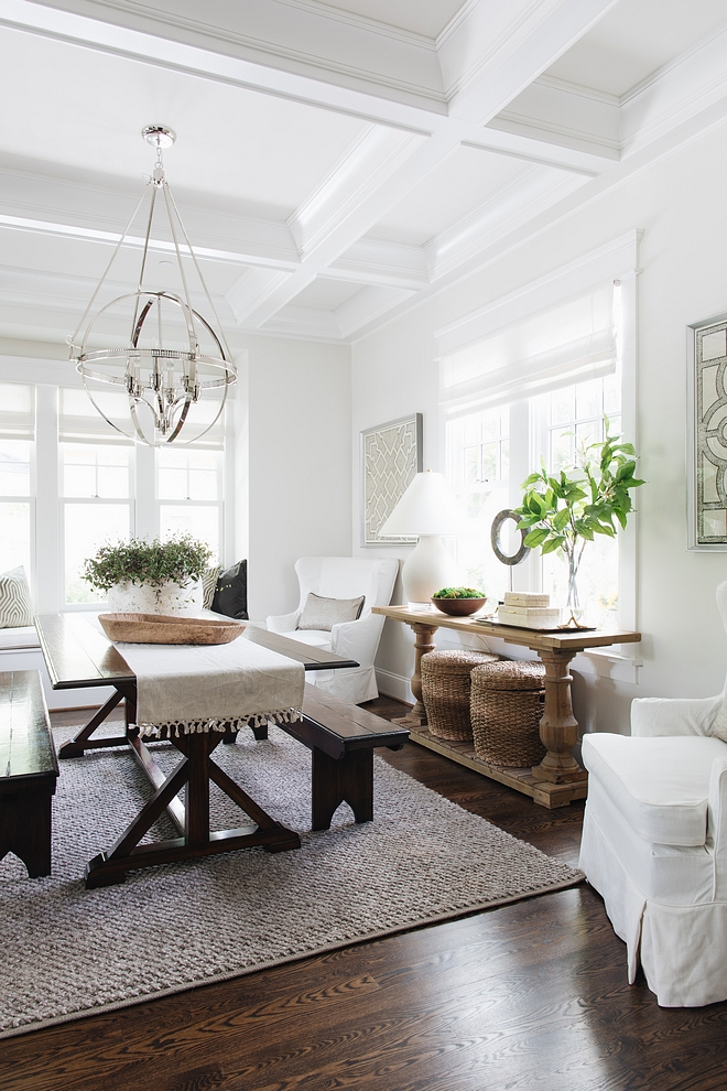 Classic Grey by Benjamin Moore walls with Benjamin Moore Decorator White trim - one of the best paint color combinations I have tried and I often recommend to my clients #ClassicGreyBenjaminMoore #BenjaminMooreDecoratorWhite
