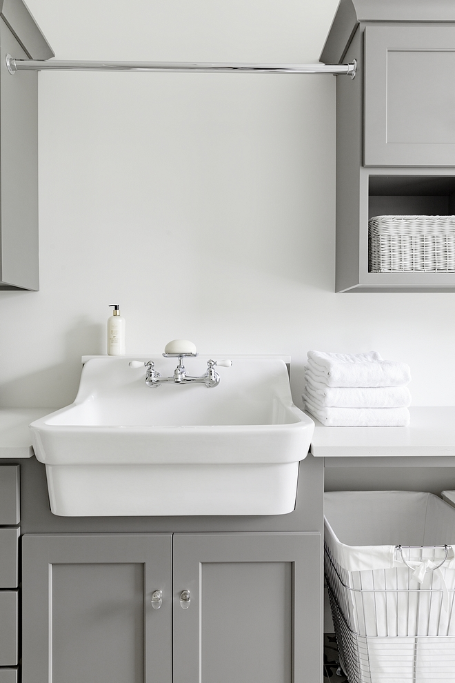 Benjamin Moore Coventry Gray cabinet with Benjamin Moore White Dove on walls #BenjaminMooreCoventryGray