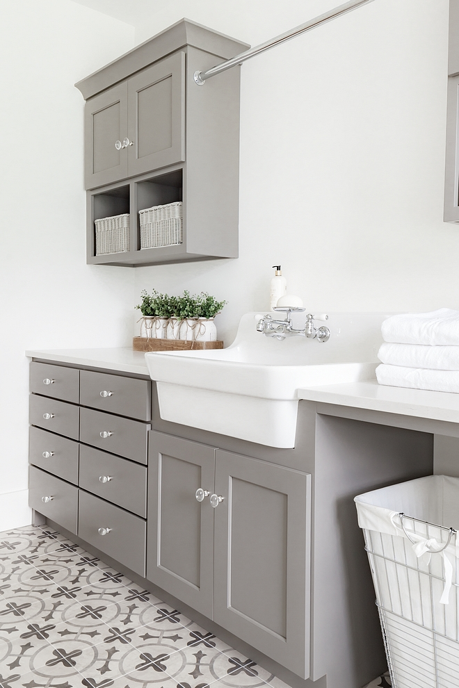 Benjamin Moore Coventry Grey HC-169 Cabinets are shaker overlay doors paint color is proprietary to the cabinet shop #BenjaminMooreCoventryGreyHC169 #cabinet #greycabinet #greycabinetpaintcolor #BenjaminMoore #CoventryGrey #HC169