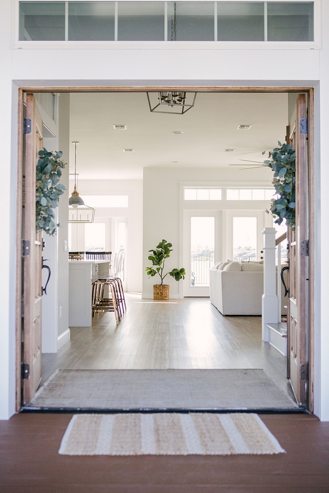 Foyer with double front door The open feel you get with double front doors Foyer with double front door The open feel you get with double front doors #Foyer #doublefrontdoor