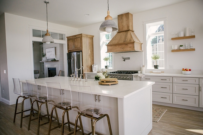 White Kitchen with Alder cabinet Accent White Kitchen with Alder cabinet Accent Ideas White Kitchen with Alder cabinet Accent White Kitchen with Alder cabinet Accent #WhiteKitchen #Aldercabinet