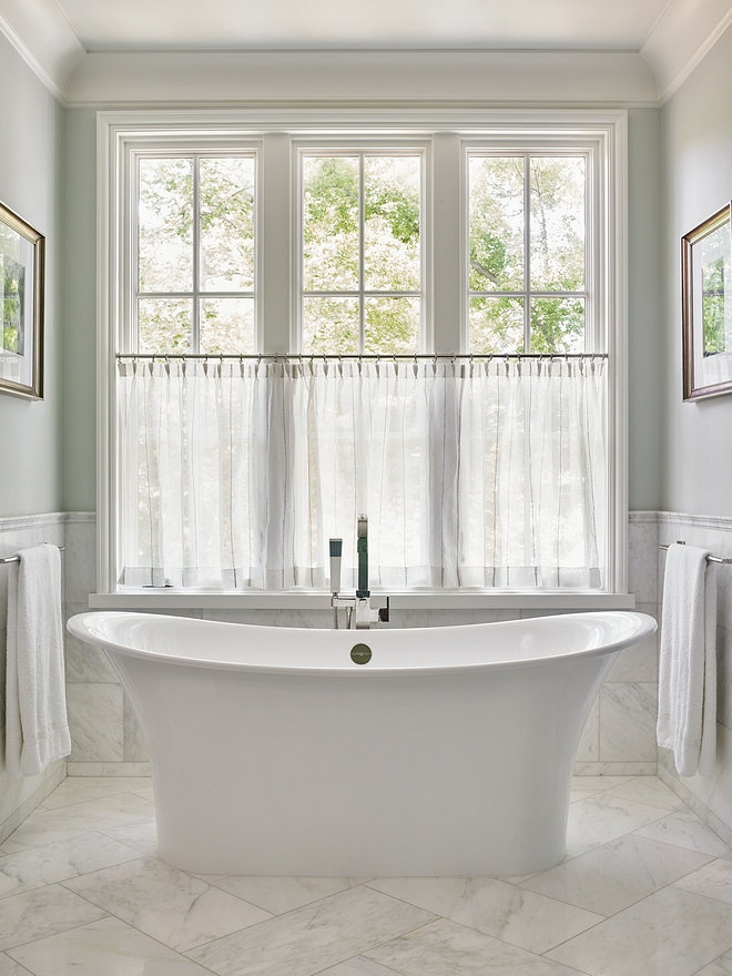 Benjamin Moore Horizon with white marble tile wainscoting Horizon by Benjamin Moore Horizon by Benjamin Moore Horizon by Benjamin Moore #HorizonBenjaminMoore #Horizon #BenjaminMoore