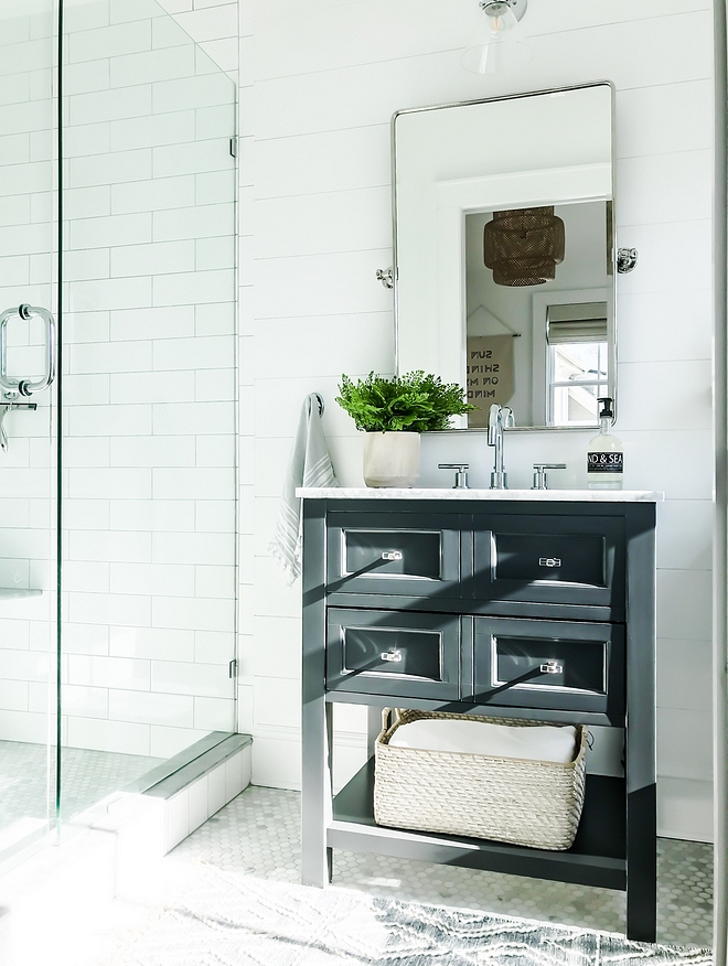 Benjamin Moore Wrought Iron Small bathroom vanity painted in Benjamin Moore Wrought Iron Benjamin Moore Wrought Iron Benjamin Moore Wrought Iron #BenjaminMooreWroughtIron