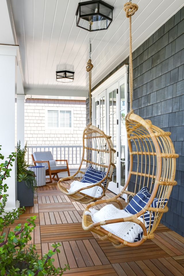 Porch Hanging Chairs Beautiful front porch with Porch ceiling Hanging Chairs #Porch #HangingChairs #ceilingHangingChairs #porchHangingChairs #frontporch #porchchairs