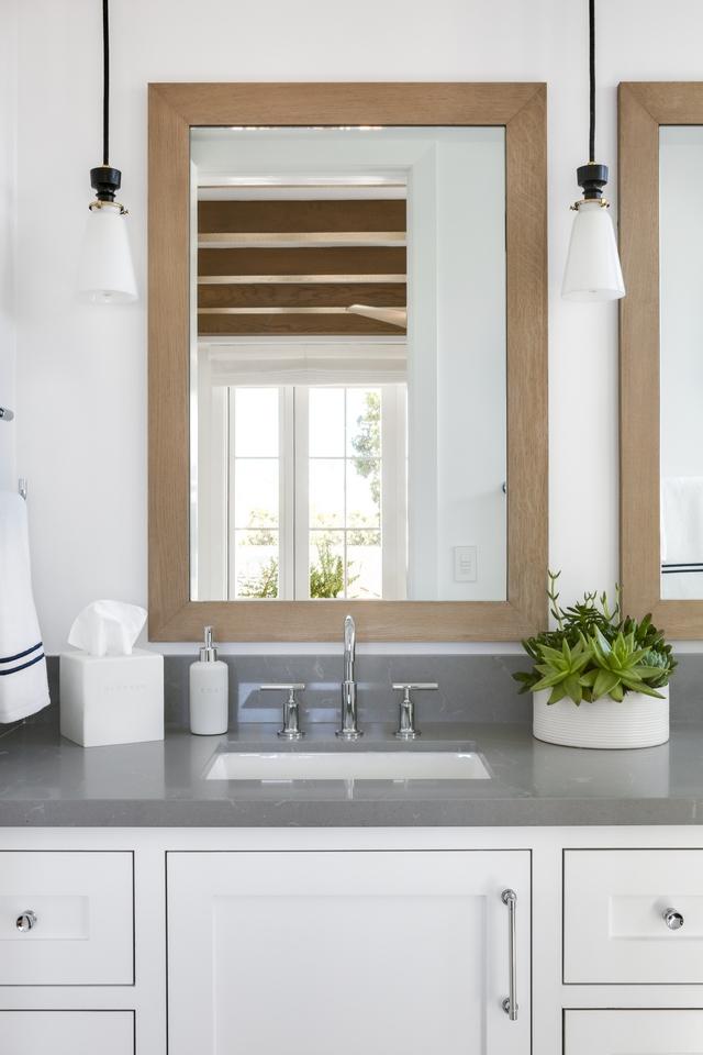 Bathroom White Oak Wood framed Mirror DIY Bathroom White Oak Wood framed Mirror Bathroom White Oak Wood framed Mirrors #Bathroom #WhiteOakMirror #WoodframedMirror #BathroomMirror