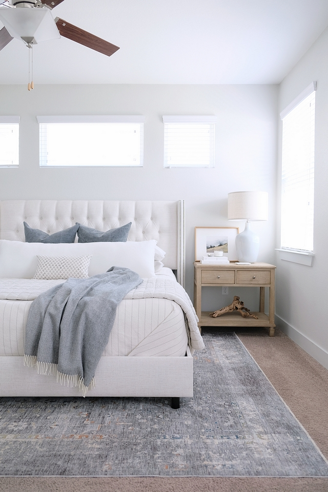 Bedding White and grey bedding on Linen Diamond Tufted Wingback Nail Bed #bedding #Bedding #Whiteandgrey #beddingideas #Linenbed #DiamondTuftedWingbackbed #NailheadBed