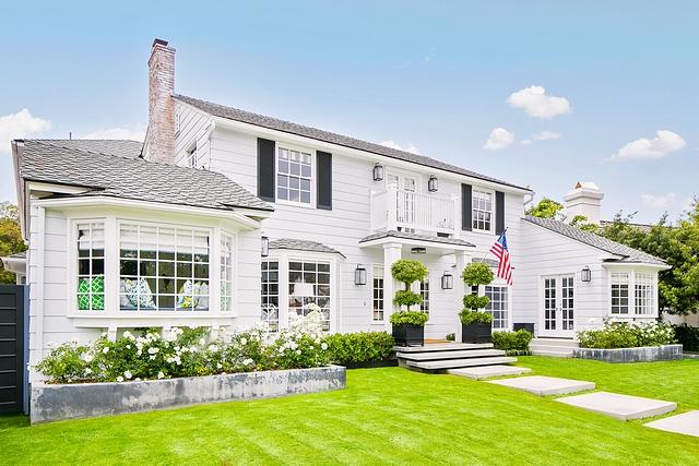 Classic Home Exterior Classic Home Exterior Ideas Classic Home Exterior Renovation Classic Home Exterior #ClassicHomeExterior #HomeExterior #Classichome #Homes #Classicexteriors