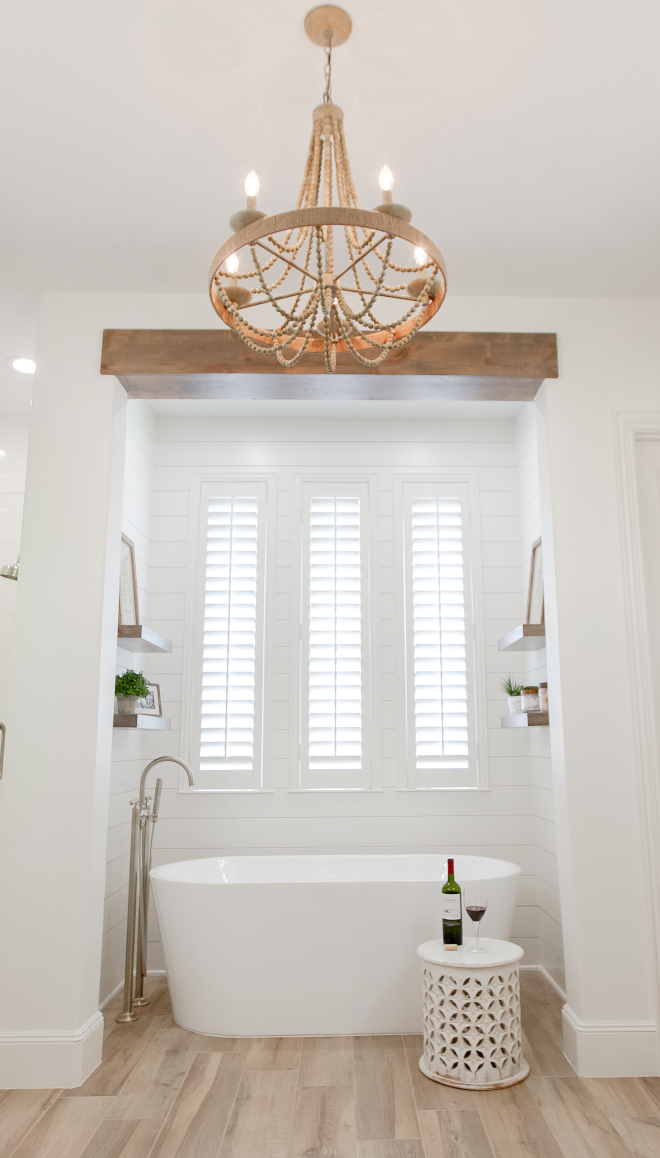 Shiplap bathtub nook Shiplap bathtub nook painted in Alabaster by Sherwin Williams and featuring wood-like porcelain floor tile Shiplap bathtub nook Shiplap bathtub nook painted in Alabaster by Sherwin Williams and featuring wood-like porcelain floor tile #Shiplap #bathtub #nook #Shiplap #bathtubnook #AlabasterSherwinWilliam #woodliketile #porcelaintile