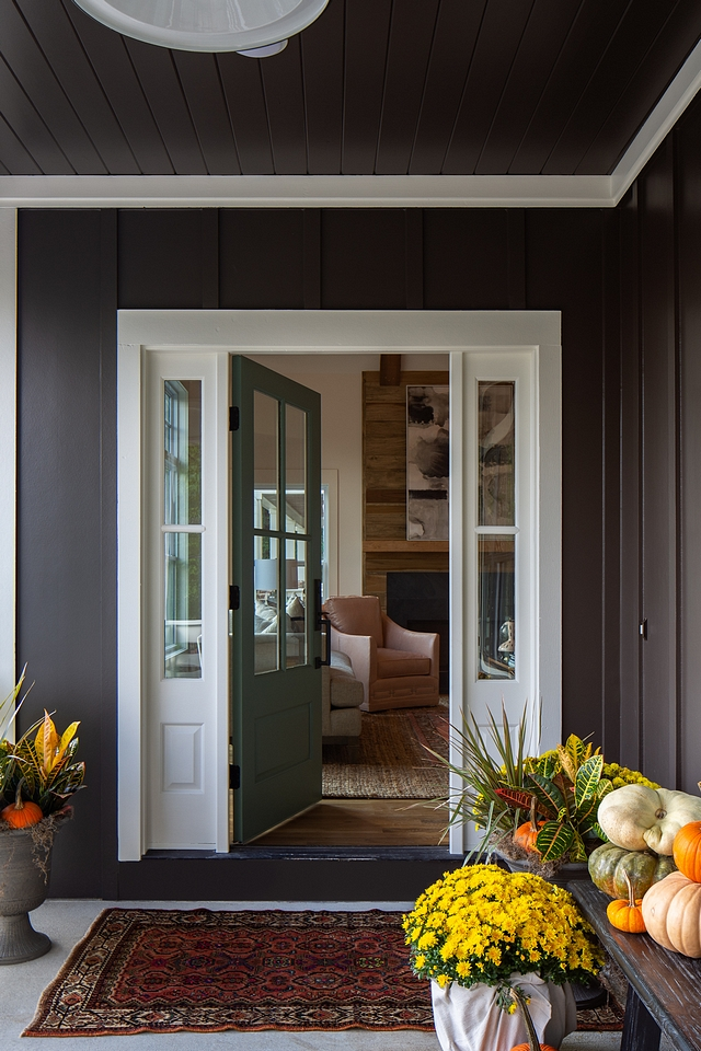 Sherwin Williams SW 7020 Black Fox with white trim painted in Benjamin Moore OC-45 Swiss Coffee Black home with white trim Sherwin Williams SW 7020 Black Fox with white trim painted in Benjamin Moore OC-45 Swiss Coffee #Blackhome #whitetrim #SherwinWilliamsSW7020BlackFox #BenjaminMooreOC45SwissCoffee