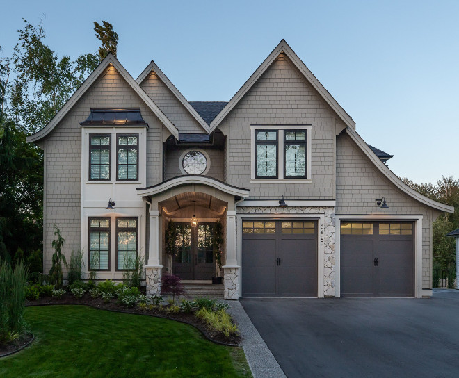 Benjamin Moore Ashwood Benjamin Moore OC-47 Ashwood is one of the best exterior trim paint colors and it's often recommended by interior designers Benjamin Moore Ashwood #BenjaminMooreOC47Ashwood
