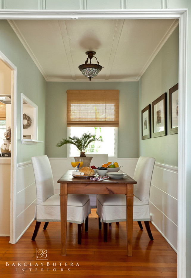 Small Shingle Beach Cottage With Coastal Interiors Home Bunch. Beach Home Interior  Colors