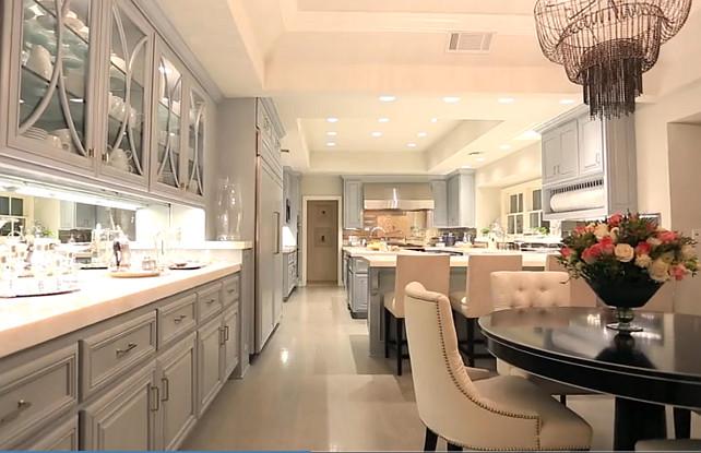 Modern Style Home Decor