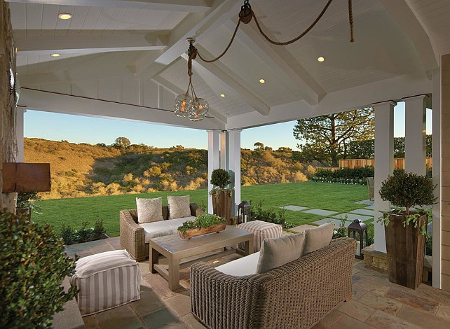 Coastal Home with Neutral Interiors - Home Bunch Interior ... on Open Backyard Ideas id=55279