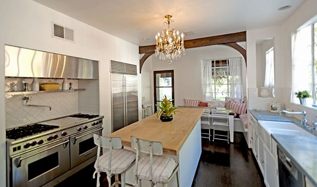 It S Complicated House For Sale Home Bunch Interior