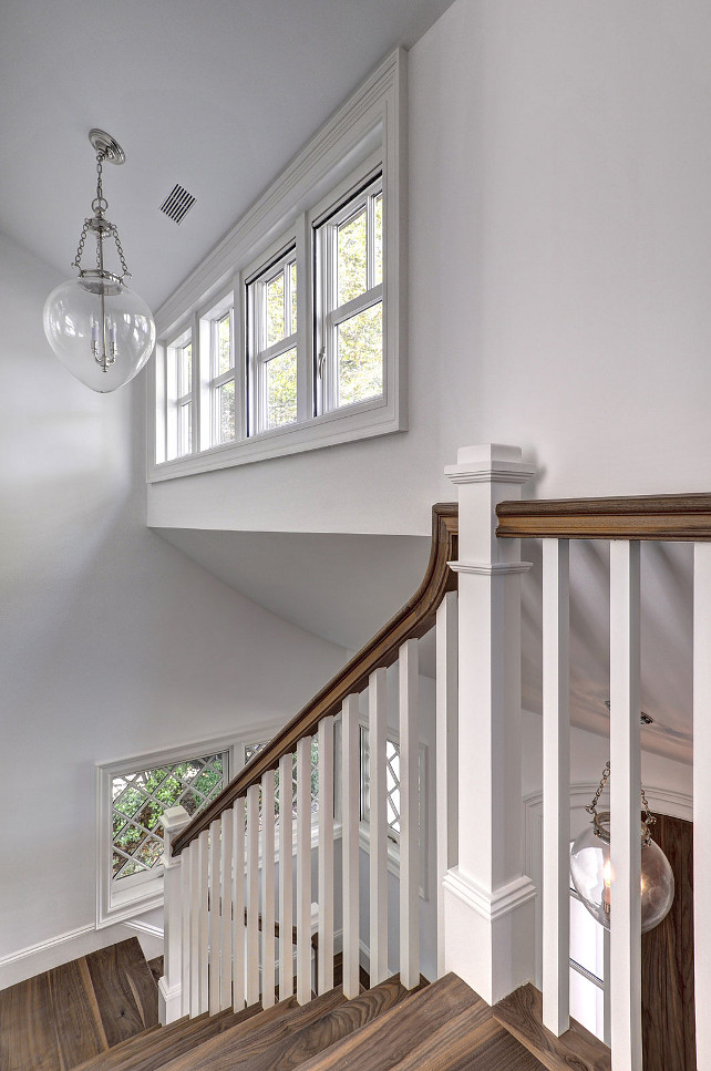 East Hampton Shingle Cottage With Coastal Interiors Home