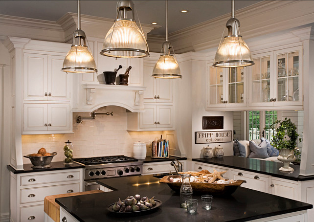Kitchen Design Classic Traditional Coastal Décor with White Cabinets and Black Countertops